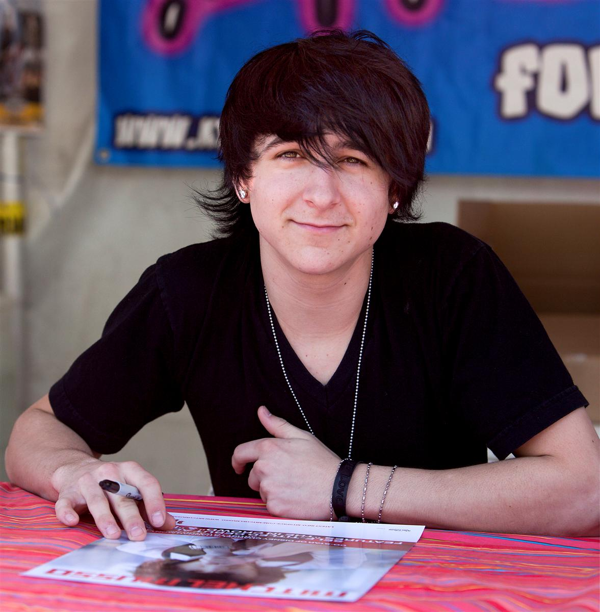Mitchel Musso autographe