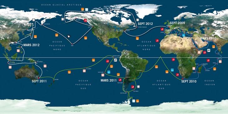 Carte du monde avec les noms des oceans