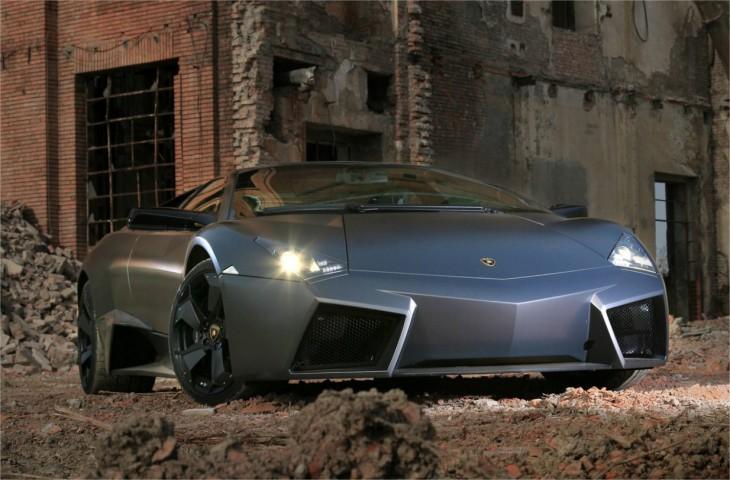 Lamborghini Reventon grise
