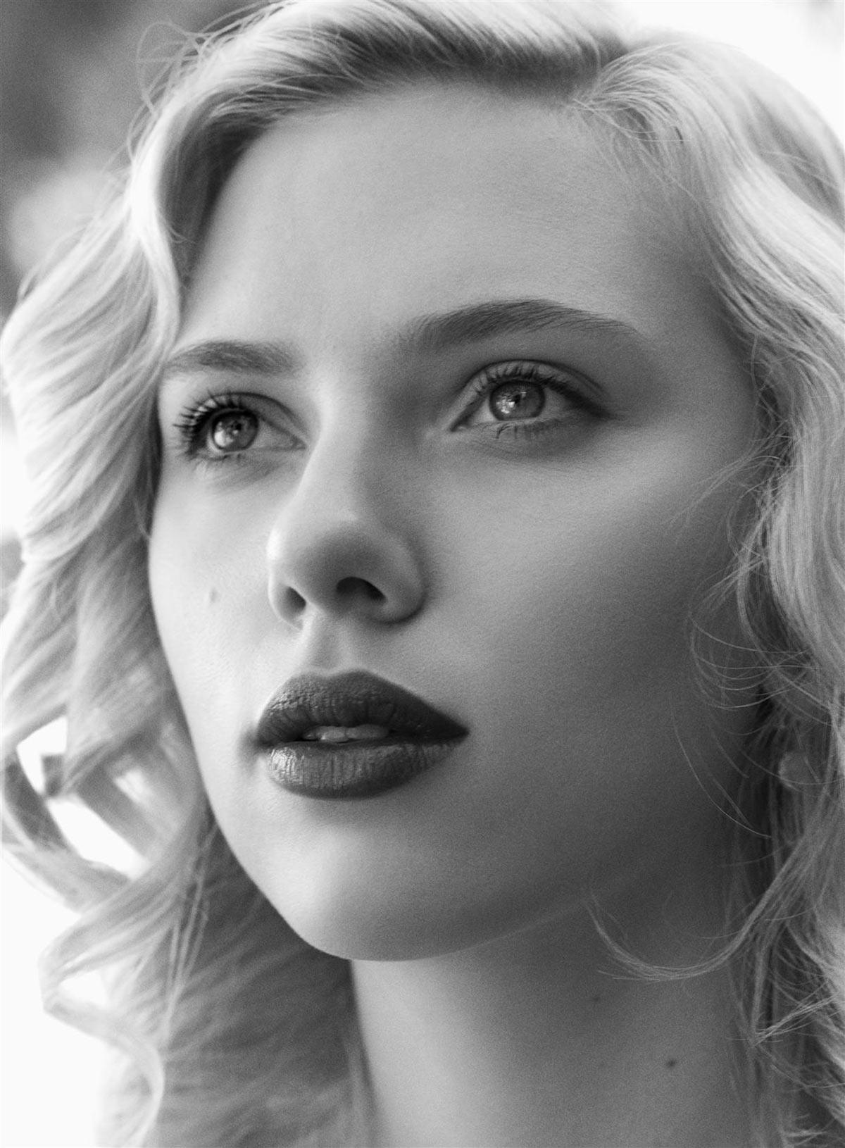 Scarlett Johansson visage magnifique