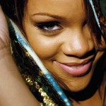 Rihanna sourire Wallpaper