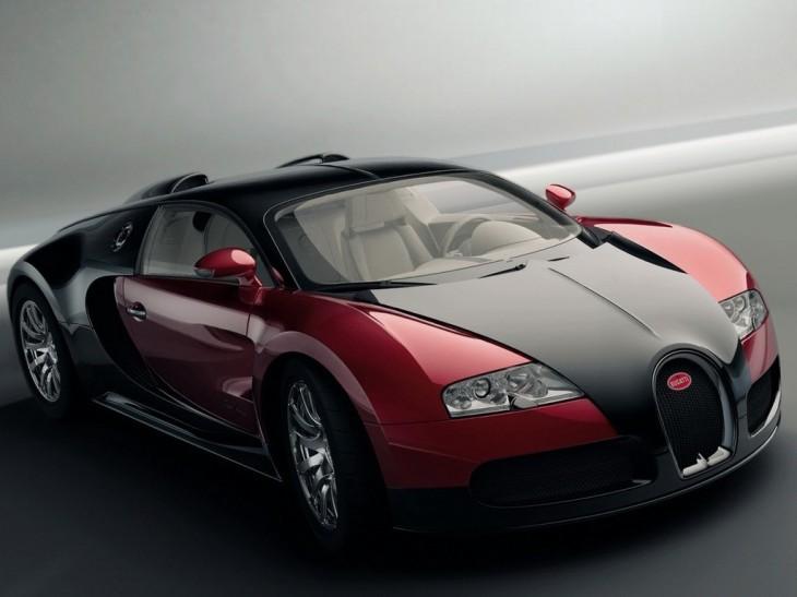 Bugatti Veyron noir et rouge