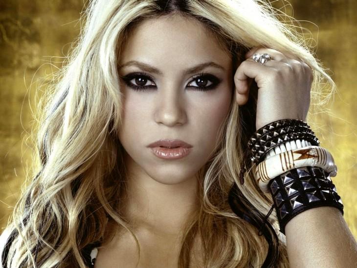 Shakira visage maquillage