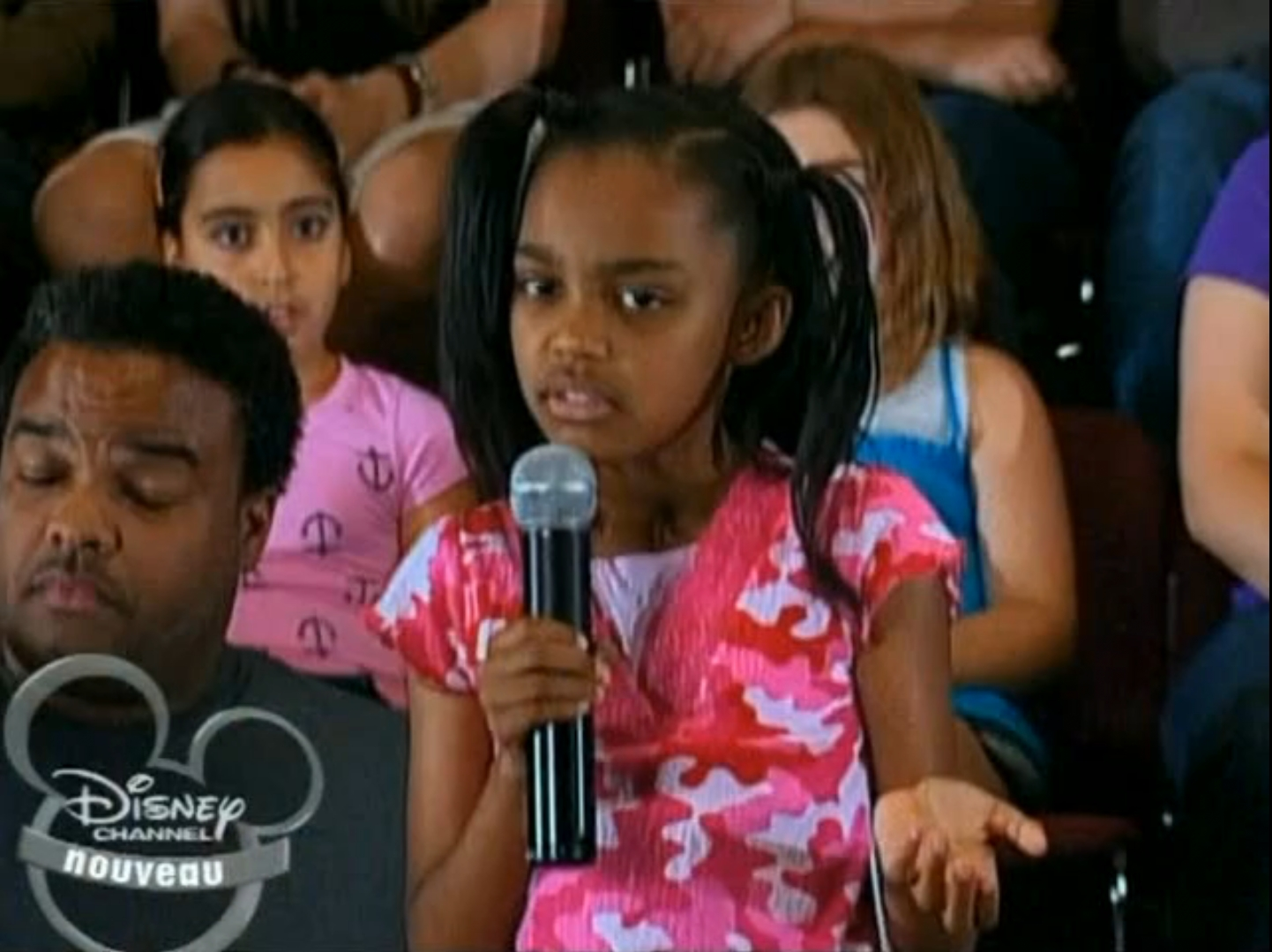 Hannah Montana China Anne McClain