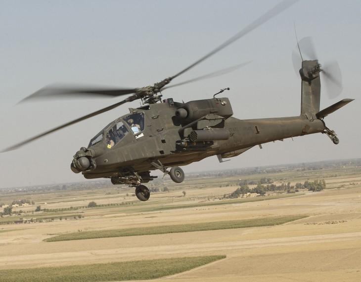 Hélicoptère armée Boeing ah-64 apache