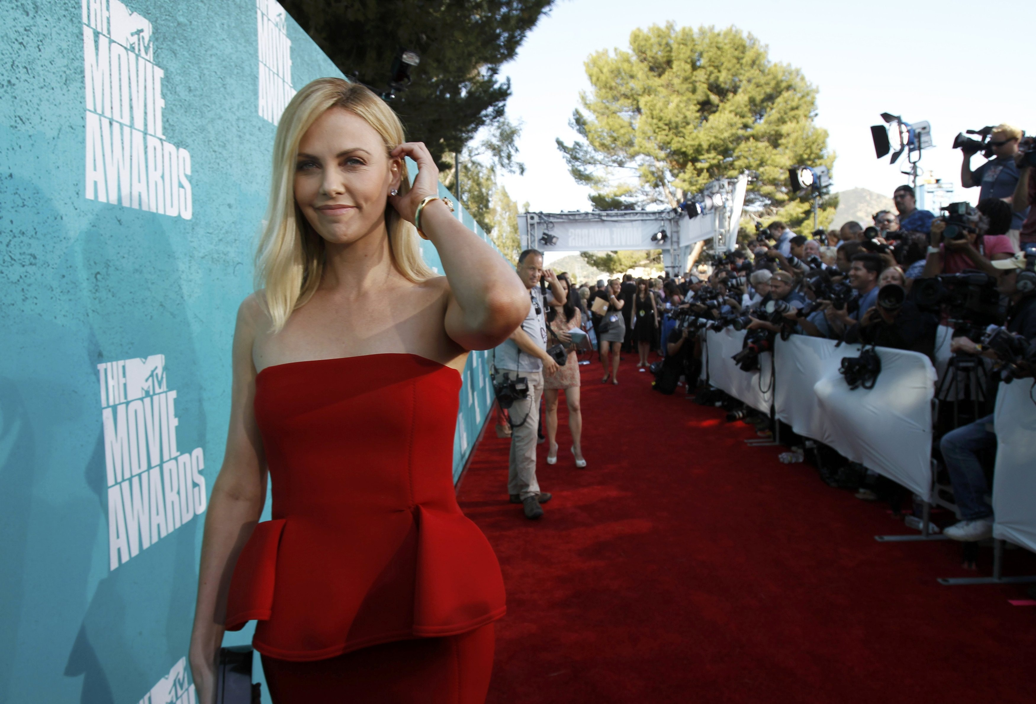 Charlize Theron the MTV Movie Awards