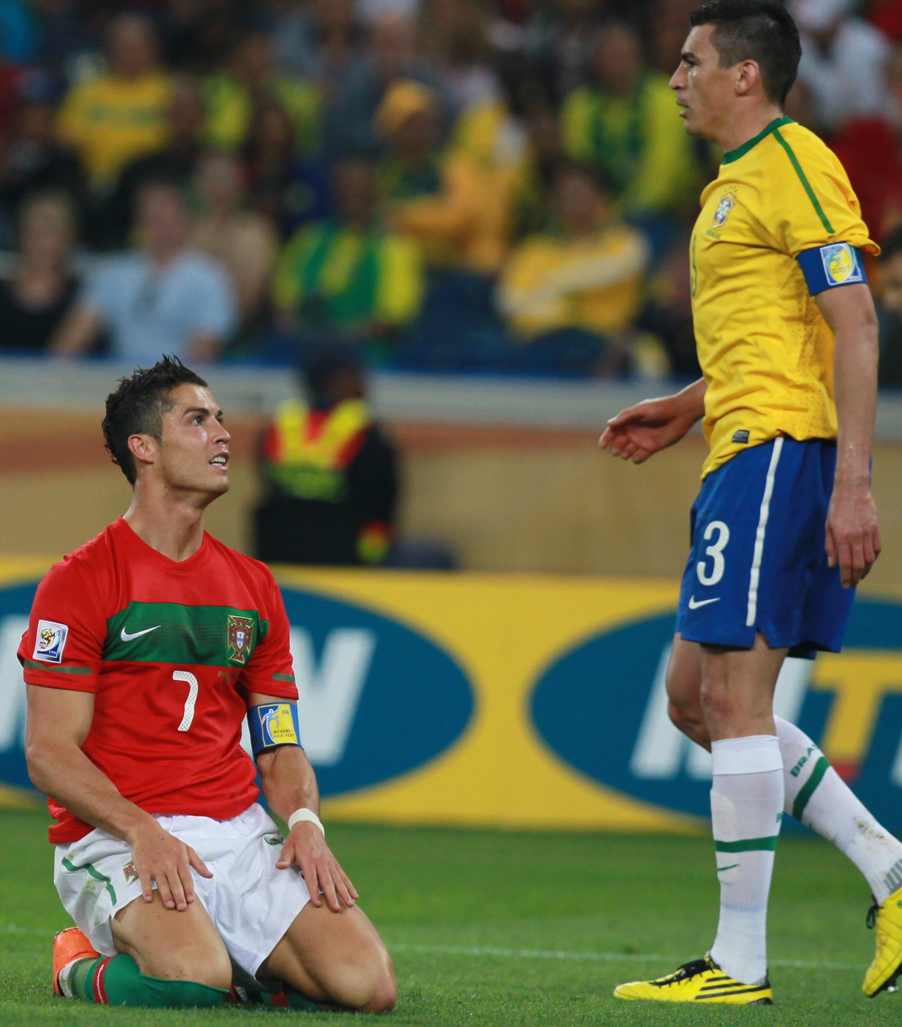Cristiano Ronaldo foul brazil