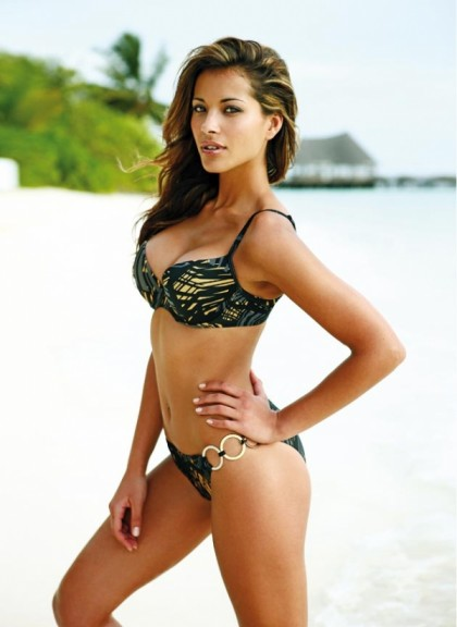 Lee-Ann Liebenberg bikini plage