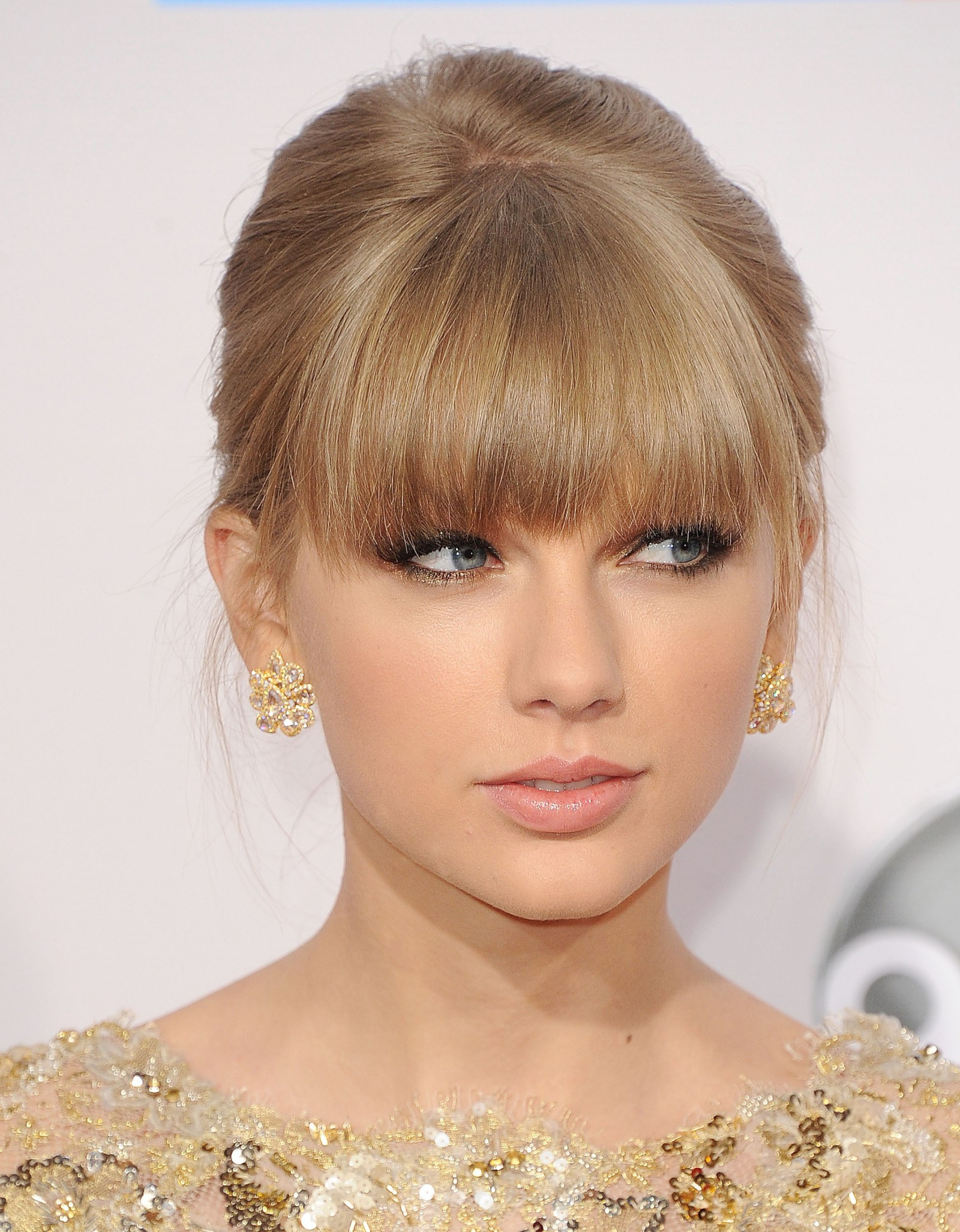 Taylor Swift coiffure 2012