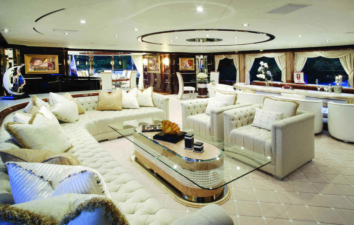 Pictures of yachts inside