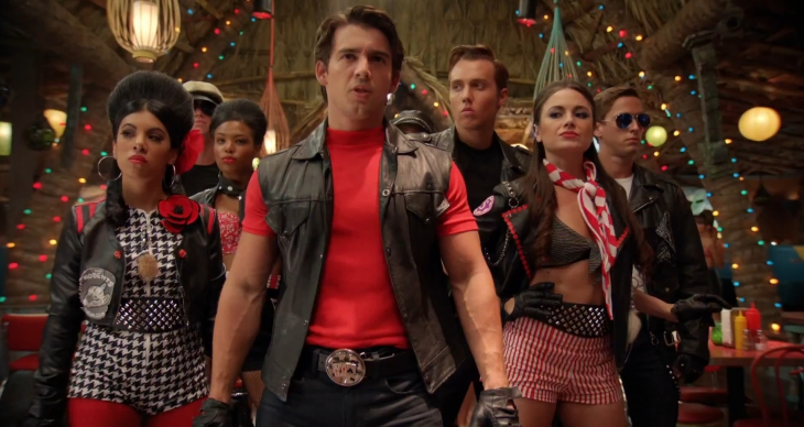 Les motards dans Teen Beach Movie