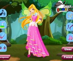 Stella Winx avec une robe