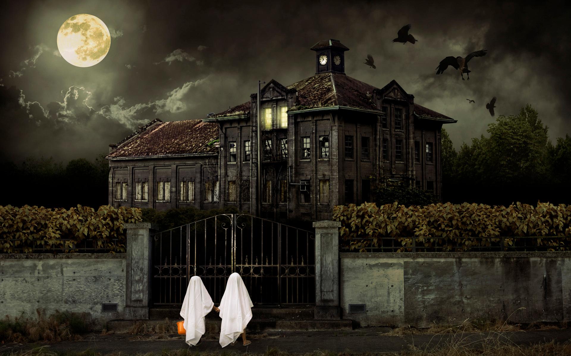 Coloriage Halloween Maison Qui Fait Peur A Imprimer