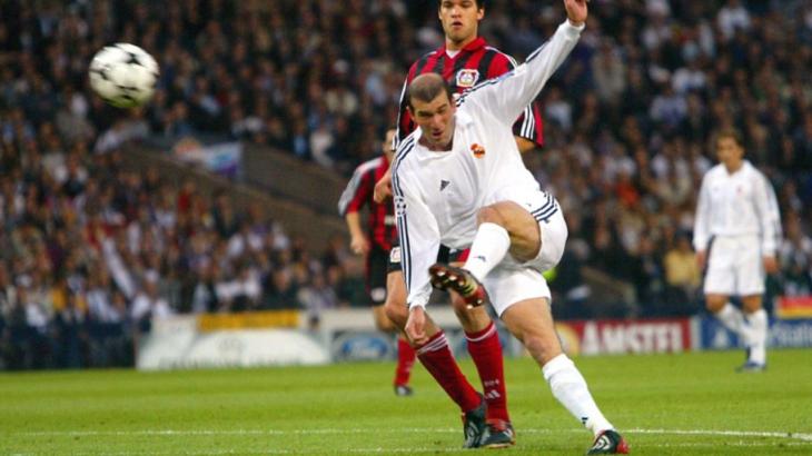 Reprise de volée Zidane